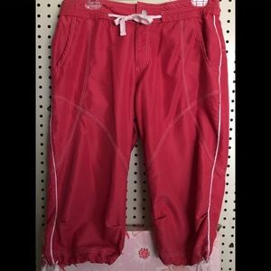 BCG Cute Pink Capris Sz S EUC